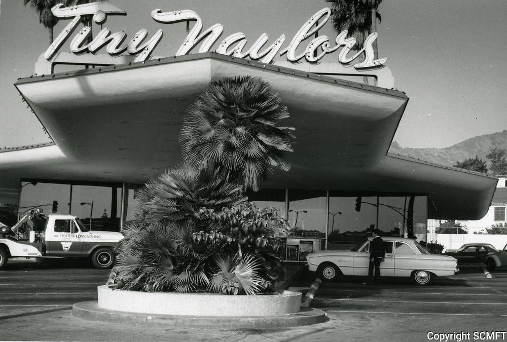 1972 Tiny Naylor's Drive In at Sunset Blvd. & La Brea Ave