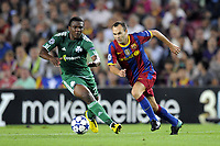 FOOTBALL - CHAMPIONS LEAGUE 2010/2011 - GROUP STAGE - GROUP D - FC BARCELONA v PANATHINAIKOS - 14/09/2010 - PHOTO JEAN MARIE HERVIO / DPPI - ANDRES INIESTA (FCB) / SIMAO (PAN)