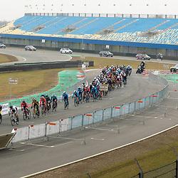10-03-2021: Wielrennen: Healthy Ageing Tour: Assen<br />Met Corona maatregelen rijden de vrouwen op het TT circuit in Assen de eerste etappe Healthy Ageing Tour