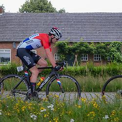VELDHOVEN (NED) July 4 <br /> CYCLING <br /> The first race of the Schwalbe Topcompetition the Simac Omloop der Kempen<br /> Achtervolgers onderweg naar de kopgoep