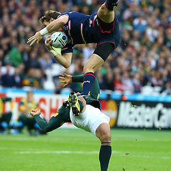 LONDON, ENGLAND - OCTOBER 07: Blaine Scully of the USA and Bryan Habana of South Africa both go up for the ball during the Rugby World Cup 2015 Pool B match between South Africa and United States of America at The Stadium, Queen Elizabeth Olympic Park on October 07, 2015 in London, England. (Photo by Steve Haag/Gallo Images)