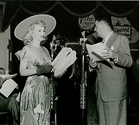 1944 Ken Murray & Marie Wilson entertain the soldiers at the Hollywood Canteen