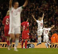 Fotball<br /> VM-kvalifisering<br /> Wales v Polen<br /> 13.10.2004<br /> Foto: SBI/Digitalsport<br /> NORWAY ONLY<br /> <br /> Wales v Poland. FIFA World Cup European Qualifying Group Six. Millenium Stadium. 13/10/2004.<br /> <br /> Poland celebrates Tomasz Frankowski's goal.