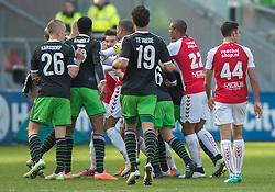 01-03-2015 NED: FC Utrecht - Feyenoord, Utrecht<br /> In de Galgenwaard voltrok zich een inspiratieloos duel en eindigde dan ook in 0-0 / Sven van Beek #22, Edouard Duplan #7 FRA, Timo Letschert #25, Sebastien Haller #22 FRA, Jordy Clasie © #6
