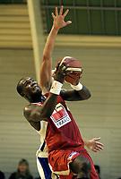 Basketball<br /> Seriestart BLNO<br /> Rykkinhallen<br /> 02.10.2009<br /> Tromsø Storm v Gimle Basket<br /> Foto: Morten Olsen, Digitalsport<br /> <br /> Peter Bullock - Gimle