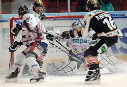 05.12.2010, Eisstadion Liebenau, Graz, AUT, EBEL, Graz 99ers vs Fehervar, im Bild Zoltan Hetenyi (1, GK, SAPA Fehervar AV19)Tommi Satosaari (41, GK, SAPA Fehervar AV19), Viktor Tokaji (32, C, SAPA Fehervar AV19), Patrick Harand (16, Moser Medical Graz 99ers), EXPA Pictures © 2010, PhotoCredit: EXPA/ J. Hinterleitner