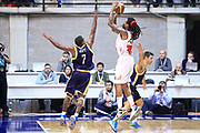 DESCRIZIONE : Desio Lega A 2012-13 EA7Emporio Armani Milano  Sutor Montegranaro<br /> GIOCATORE : David Moss<br /> CATEGORIA : Tiro<br /> SQUADRA : EA7 Emporio Armani Milano<br /> EVENTO : Campionato Lega A 2013-2014<br /> GARA : EA7Emporio Armani Milano Sutor Montegranaro  <br /> DATA : 08/12/2013<br /> SPORT : Pallacanestro <br /> AUTORE : Agenzia Ciamillo-Castoria/I.Mancini<br /> Galleria : Lega Basket A 2013-2014  <br /> Fotonotizia : Desio Lega A 2013-2014 EA7Emporio Armani  Milano Sutor Motegranaro<br /> Predefinita :