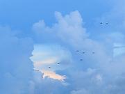 Nubes y atardecer, Panamá   Sueños de un hombre.<br /> <br /> Edición limitada de 10   Víctor Santamaría.