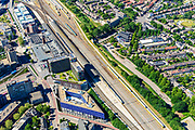 Nederland, Gelderland, Nijmegen, 29-05-2019; binnenstad Nijmegen, NS Station Nijmegen met emplacement. Op het stationsplein en busstation.<br /> Nijmegen city center, railway station with yard. On the station square the bus station.<br /> <br /> luchtfoto (toeslag op standard tarieven);<br /> aerial photo (additional fee required);<br /> copyright foto/photo Siebe Swart