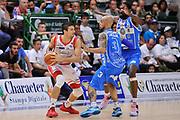 DESCRIZIONE : Campionato 2014/15 Serie A Beko Dinamo Banco di Sardegna Sassari - Grissin Bon Reggio Emilia Finale Playoff Gara6<br /> GIOCATORE : Andrea Cinciarini<br /> CATEGORIA : Passaggio Controcampo<br /> SQUADRA : Grissin Bon Reggio Emilia<br /> EVENTO : LegaBasket Serie A Beko 2014/2015<br /> GARA : Dinamo Banco di Sardegna Sassari - Grissin Bon Reggio Emilia Finale Playoff Gara6<br /> DATA : 24/06/2015<br /> SPORT : Pallacanestro <br /> AUTORE : Agenzia Ciamillo-Castoria/L.Canu