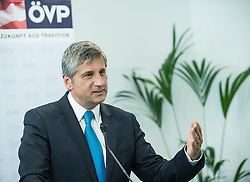 26.05.2014, OeVP Bundespartei, Wien, AUT, OeVP, Pressekonferenz nach Vorstandssitzung der OeVP Bundespartei. im Bild Vizekanzler und Bundesminister fuer Finanzen Michael Spindelegger (OeVP) // Vice Chancellor of Austria and Minister of Finance Michael Spindelegger (OeVP) during press conference after board meeting of OeVP at federal party of OeVP in Vienna, Austria on 2014/05/26. EXPA Pictures © 2014, PhotoCredit: EXPA/ Michael Gruber