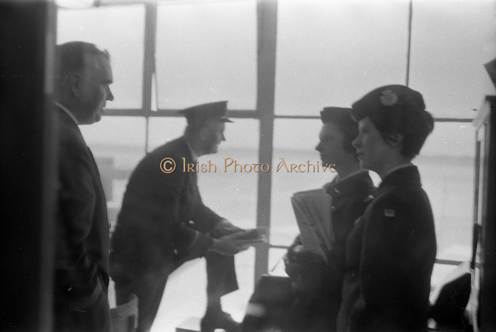 29/03/1963<br /> 03/29/1963<br /> 29 March 1963<br /> B.E.A. Aircrash at Dublin Airport. Miss D.R. Lunt and Miss J.R. Milford, BEA stewardess's on the crashed aircraft, report on the accident in the terminal at Dublin Airport. There were no fatalities in the accident. Photos, Photo, Snap, Streets, Street,