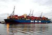HMM COPENHAGEN, Container Ship docked in Southampton