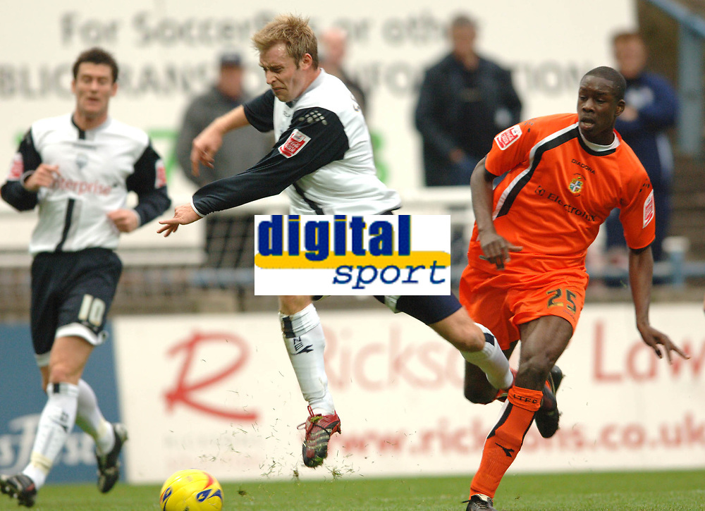 Photo: Paul Greenwood.<br />Preston North End v Luton Town. Coca Cola Championship. 04/11/2006. Prestons Chris Sedgwick, left, is caught by Lutons Leon Barnett  for Prestons penalty claim.