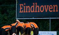 EINDHOVEN - hockey - Spelers van OZ tijdens de hoofdklasse hockeywedstrijd tussen de mannen van Oranje-Zwart en Bloemendaal (3-3). COPYRIGHT KOEN SUYK