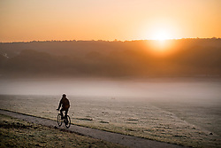© Licensed to London News Pictures. 04/11/2020. London, UK. A frost a mist covered landscape at sunrise in Richmond Park, south west London on a cold Autumn morning. Photo credit: Ben Cawthra/LNP