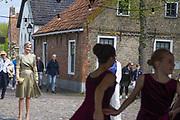 BOURTANGE, 10-5-2021, Vesting Bourtange<br /> <br /> Koningin Maxima  in Vesting Bourtange de viering van nieuwe en bestaande afspraken voor structureel muziekonderwijs op basisscholen in Groningen, Friesland en Drenthe bijgewoond. Naar aanleiding van de campagne '50dagenmuziek' van Meer Muziek in de Klas presenteerden de provincies nieuwe initiatieven en het MuziekAkkoord Groningen-Oost om meer muziekonderwijs in het lesprogramma van de basisschool op te nemen. <br /> FOTO: Brunopress/POOL/Anjo de Haan<br /> <br /> Queen Maxima attended the celebration of new and existing agreements for structural music education at primary schools in Groningen, Friesland and Drenthe in Vesting Bourtange. As a result of the '50 days of music' campaign by Meer Muziek in de Klas, the provinces presented new initiatives and the Groningen East Music Agreement to include more music education in the primary school curriculum.