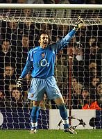 Photo: Javier Garcia/Back Page Images Mobile +447887 794393 Arsenal v Rosenborg, UEFA Champions League 07/12/04, Highbury<br />Manuel Almunia