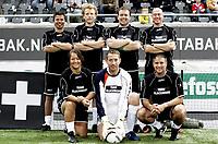 Fotball<br /> 06.06.09<br /> FotballExpo Telenor Arena<br /> Canal + Legende cup <br /> Clayton Blackmore (nede t.h.) med sitt lag<br /> Foto - Kasper Wikestad
