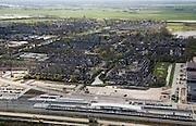 Nederland, Noord-Holland, Abcoude, 16-04-2008; de spoorlijn is verdubbeld; in beeld het nieuwe station (eigenlijk halte) voor de forenzen - in de omgeving van het station een toekomstig bedrijventerrein;..luchtfoto (toeslag); aerial photo (additional fee required); .foto Siebe Swart / photo Siebe Swart