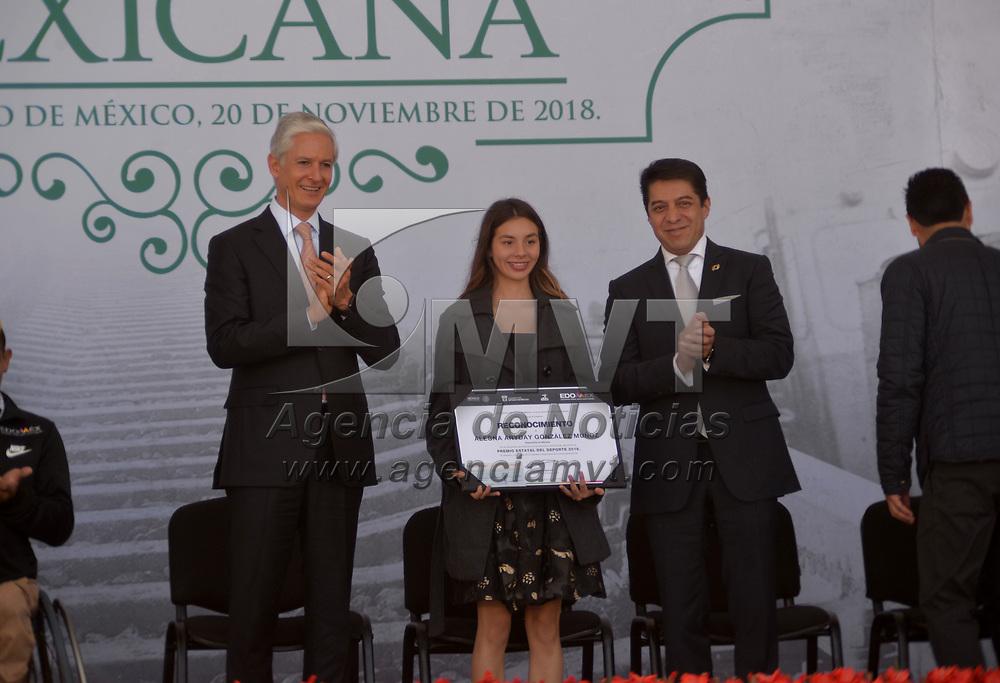 TOLUCA, México.- (Noviembre 20, 2018).- La atleta  Alegna González recibió de manos del gobernador del Estado de México Alfredo del Mazo Maza la Presea Estatal del Deporte. Agencia MVT / Crisanta Espinosa.