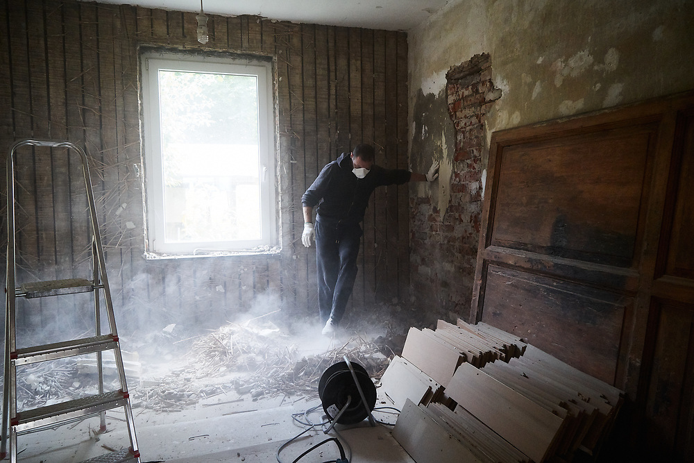 Germany, Lübeck 2017/07/29<br /> <br /> Dimitri Goldenberg is busy renovating their family home in Lübeck.<br /> <br /> Dimitri and Elena, both architects, immigrated from St. Petersburg to Lübeck.