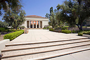 Thorne Hall. Occidental College is where Barack Obama attended from fall 1979 through spring 1981 before  transferring to Columbia University. Highland Park, Los Angeles, California, USA