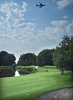 HALFWEG -Hole 13 Golfclub Houtrak. COPYRIGHT KOEN SUYK