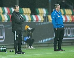 Cheftrænerne Morten Eskesen (FC Helsingør) og Kent Nielsen (Silkeborg IF) under kampen i 1. Division mellem Silkeborg IF og FC Helsingør den 21. november 2020 i JYSK Park (Foto: Claus Birch).