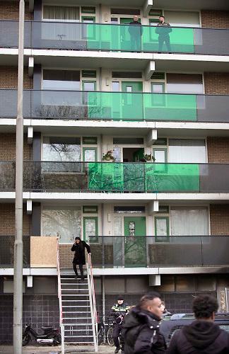 Nederland, Arnhem, 1-1-2020In de nieuwjaarsnacht zijn twee mensen omgekomen in de lift van dit flatgebouw omdat in de toegangshal vuur was ontstaan en de stroom uitviel. Twee minderjarigen zijn aangehouden . Foto: Flip Franssen