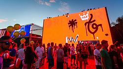 Público aproveita as ações de marketing da Renner durante a 22ª edição do Planeta Atlântida. O maior festival de música do Sul do Brasil ocorre nos dias 3 e 4 de fevereiro, na SABA, na praia de Atlântida, no Litoral Norte gaúcho.  Foto: Emmanuel Denaui / Agência Preview