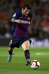 October 20, 2018 - Barcelona, Catalonia, Spain - Lionel Messi controls the ball during the week 9 of La Liga match between FC Barcelona and Sevilla FC at Camp Nou Stadium in Barcelona, Spain on October 20, 2018. (Credit Image: © Jose Breton/NurPhoto via ZUMA Press)