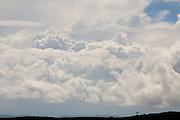 Santana do Riacho_MG, Brasil...Nuvens em uma paisagem em Santana do Riacho, Minas Gerais...The clouds in a landscape in Santana do Riacho, Minas Gerais...Foto: LEO DRUMOND / NITRO