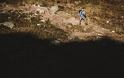 THEMENBILD - ein Mann auf einem Wanderweg mit Bergsilhouette, aufgenommen am 20. Oktober 2018 in Fieberbrunn, Österreich // a man on a hiking trail with mountain silhouette, Fieberbrunn, Austria on 2018/10/20. EXPA Pictures © 2018, PhotoCredit: EXPA/ JFK