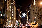 New York, New York. Etats Unis. 18 Decembre 2010.5eme Avenue..New York, New York. United States. December 18th 2010.5th Avenue.