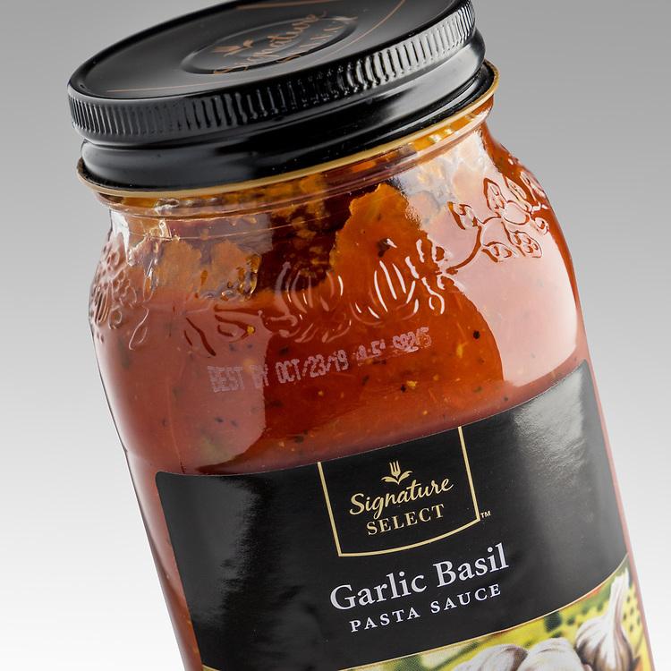 Bottle Garlic Basil Pasta Sauce