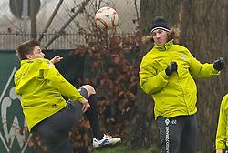19.11.2010, Trainingsgelaende Werder Bremen, Bremen, GER, 1. FBL, Training Werder Bremen, im Bild Sebastian Prödl / Proedl (Bremen #15, links), Torsten Frings (Bremen #22, rechts)   EXPA Pictures © 2010, PhotoCredit: EXPA/ nph/  Frisch+++++ ATTENTION - OUT OF GER +++++