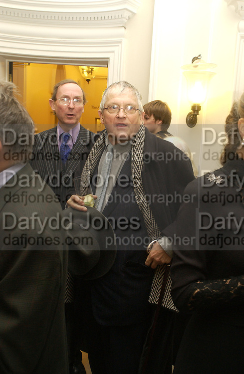 A.N. Wilson and David Hockney, Opening of an exhibition of watercolours by David Hockney. Midsummer: East Yorkshire 2004, Gilbert Collection. Somerset House. 16  November 2005 . ONE TIME USE ONLY - DO NOT ARCHIVE © Copyright Photograph by Dafydd Jones 66 Stockwell Park Rd. London SW9 0DA Tel 020 7733 0108 www.dafjones.com