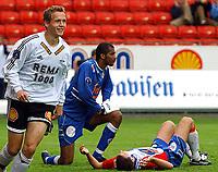 Fotball, 23. juli 2003, NM, If-cup, Rosenborg - Lyn 5-0, en blid Øyvind Storflor scoret til 4-0 bare minutter etter at han kom inn godt ut i 2. omgang<br /> Foto:Carl-Erik Eriksson, Digitalsport