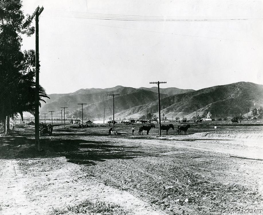 1918 Sunset Blvd. & Fairfax Ave.