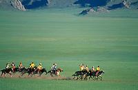 Mongolie, Province du Khentii, Fete du Naadam, Course de chevaux. // Mongolia, Khentii province, Horses race for the Naadam festival