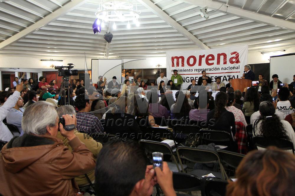 Metepec, Mex.- Andrés Manuel López Obrador, ex candidato a la Presidencia, acudió a tomar protesta al nuevo Comité Directivo del Movimiento Regeneración Nacional (MORENA). Agencia MVT / Crisanta Espinosa.