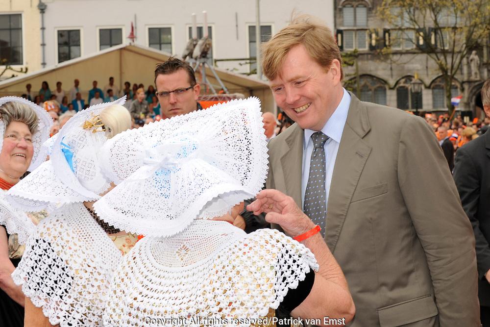 Koninginnedag 2010 . De Koninklijke familie in het zeeuwse  Middelburg. / Queensday 2010. De Royal Family in Middelburg.<br /> <br /> op de foto / on the photo Prins Willem-Alexander