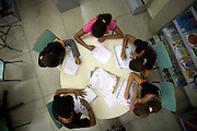 Belo Horizonte_MG, Brasil...Escola Municipal Daniel Alvarenga. Relacao da escola com a comunidade era de conflito, projetos de integracao estao resolvendo o problema...The Municipal School Daniel Alvarenga. The relationship of the school with the community was in conflict, projects of integration are solving the problem...Foto: LEO DRUMOND / NITRO .Foto: LEO DRUMOND /  NITRO