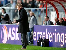 08-11-2009 VOETBAL: FC UTRECHT - HEERENVEEN: UTRECHT<br /> Utrecht verliest met 3-2 van Heerenveen / Jan de Jonge<br /> ©2009-WWW.FOTOHOOGENDOORN.NL