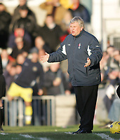 Photo: Lee Earle.<br /> Torquay United v Swindon Town. Coca Cola League 2. 18/11/2006. Swindon manager Paul Sturrock.