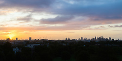 London, September 11 2017. The sun rises giving definition to the London skyline as a new day breaks over the city. © Paul Davey