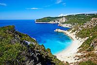 Grece, iles Ioniennes, Paxi, baie et plage de Avlaki // Greece, Ionian island, Paxi, Avlaki beach and bay