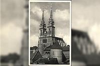 Zagreb : Katedrala. <br /> <br /> ImpresumZagreb : Naklada Commerce, [1933].<br /> Materijalni opis1 razglednica : tisak ; 9 x 14 cm.<br /> NakladnikNaklada Commerce<br /> Mjesto izdavanjaZagreb<br /> Vrstavizualna građa • razglednice<br /> ZbirkaGrafička zbirka NSK • Zbirka razglednica<br /> Formatimage/jpeg<br /> PredmetZagreb –– Kaptol<br /> Katedrala Uznesenja Marijina (Zagreb)<br /> SignaturaRZG-KAP-27<br /> Obuhvat(vremenski)20. stoljeće<br /> NapomenaRazglednica je putovala 1933. godine.<br /> PravaJavno dobro<br /> Identifikatori000955350<br /> NBN.HRNBN: urn:nbn:hr:238:335698 <br /> <br /> Izvor: Digitalne zbirke Nacionalne i sveučilišne knjižnice u Zagrebu