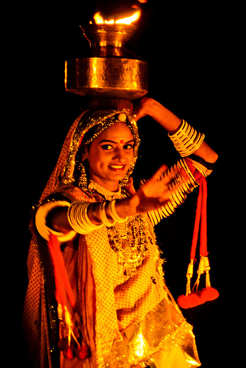 Rajasthani cultural performance , Pushkar Fair (camel fair), Pushkar, Rajasthan, India
